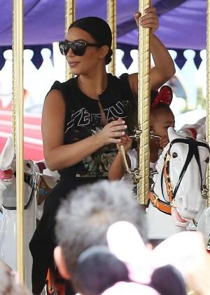 Kim Kardashians: Celebrate Penelopes 3rd Birthday -05