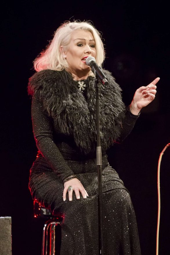 Kim Wilde 2019 : Kim Wilde – Performs Live During a Concert-04