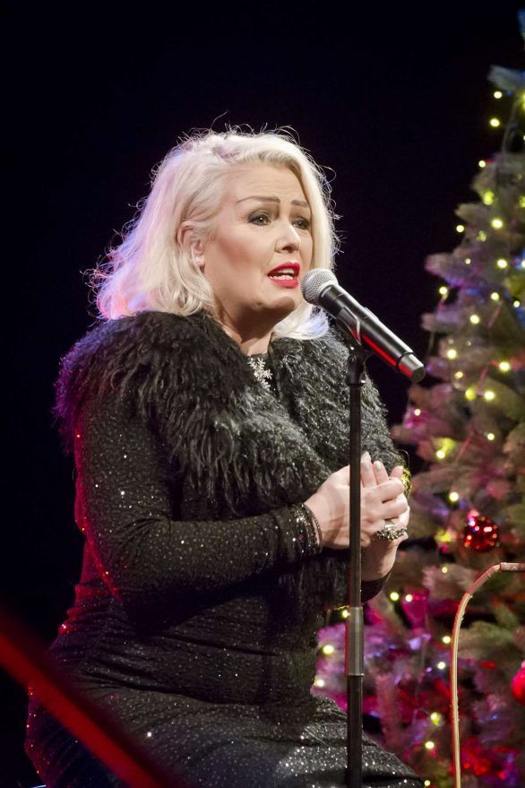 Kim Wilde 2019 : Kim Wilde – Performs Live During a Concert-08