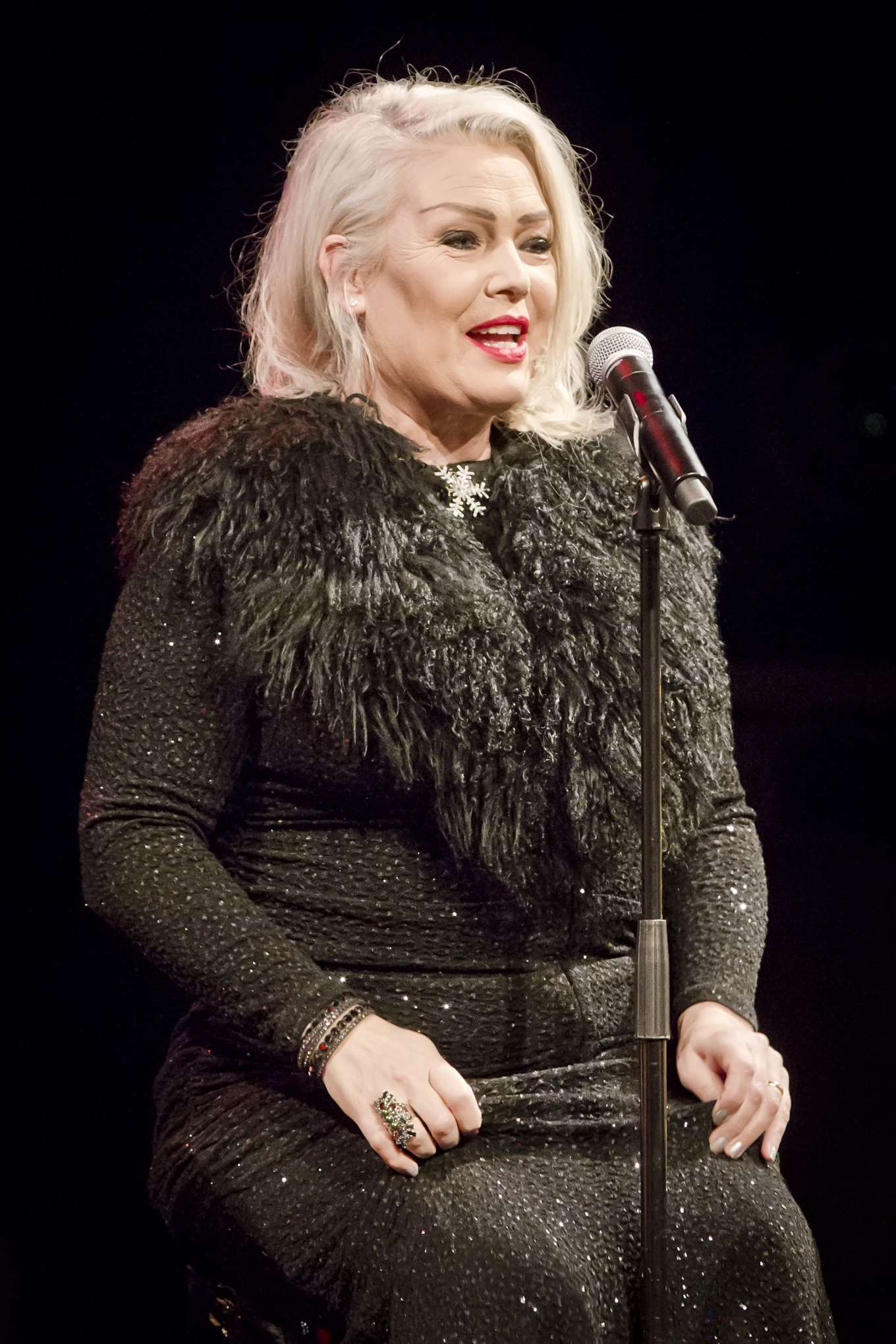 Kim Wilde 2019 : Kim Wilde – Performs Live During a Concert-12