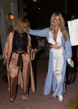 Kim Zolciak with daughter Brielle Biermann out for dinner in Miami