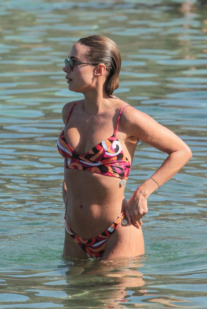 Kimberley Garner and Amy Jackson – Bikini candids at a beach in Mykonos
