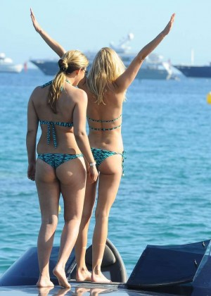 Kimberley Garner Hot in Bikini -77
