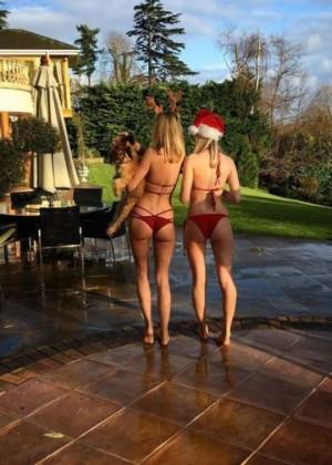 Kimberley Garner in Bikini - Instagram