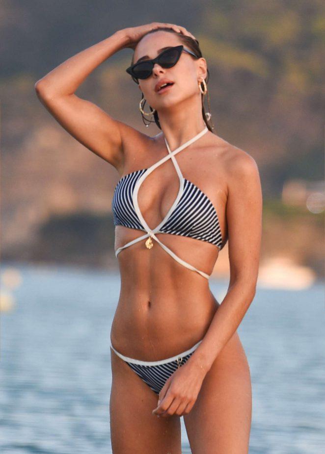Kimberley Garner in Bikini on the beach in Miami