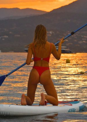 Kimberley Garner in Red Bikini Paddleboarding in Caribbean Pic 9 of 35