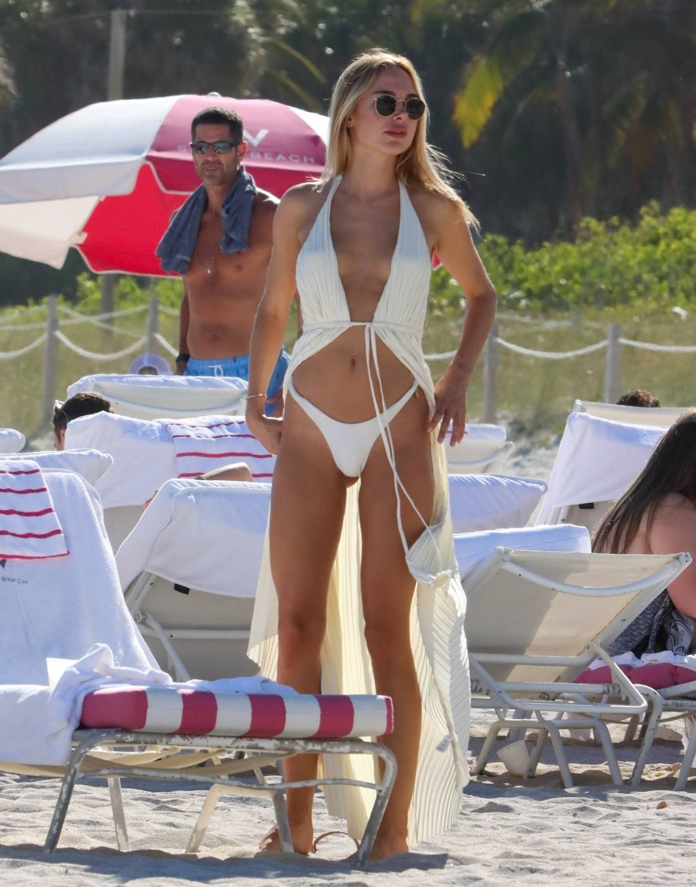 Kimberley Garner - Pictured on the beaches of Miami