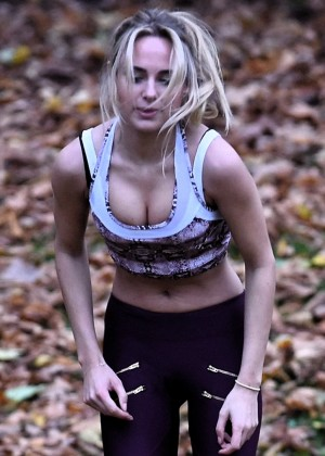 Kimberley Garner in Tights Workout in Hyde Park