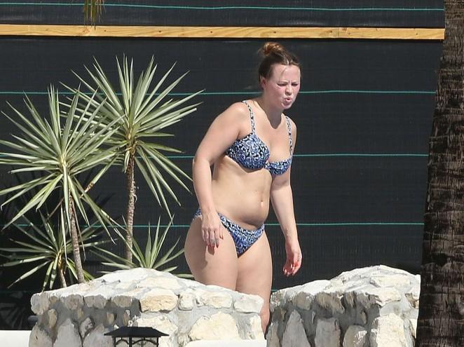 Kimberley walsh bikini pics