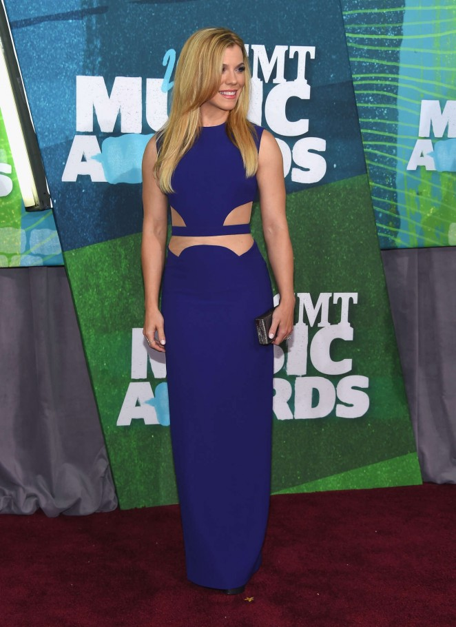 Kimberly Perry: 2015 CMT Music Awards -01