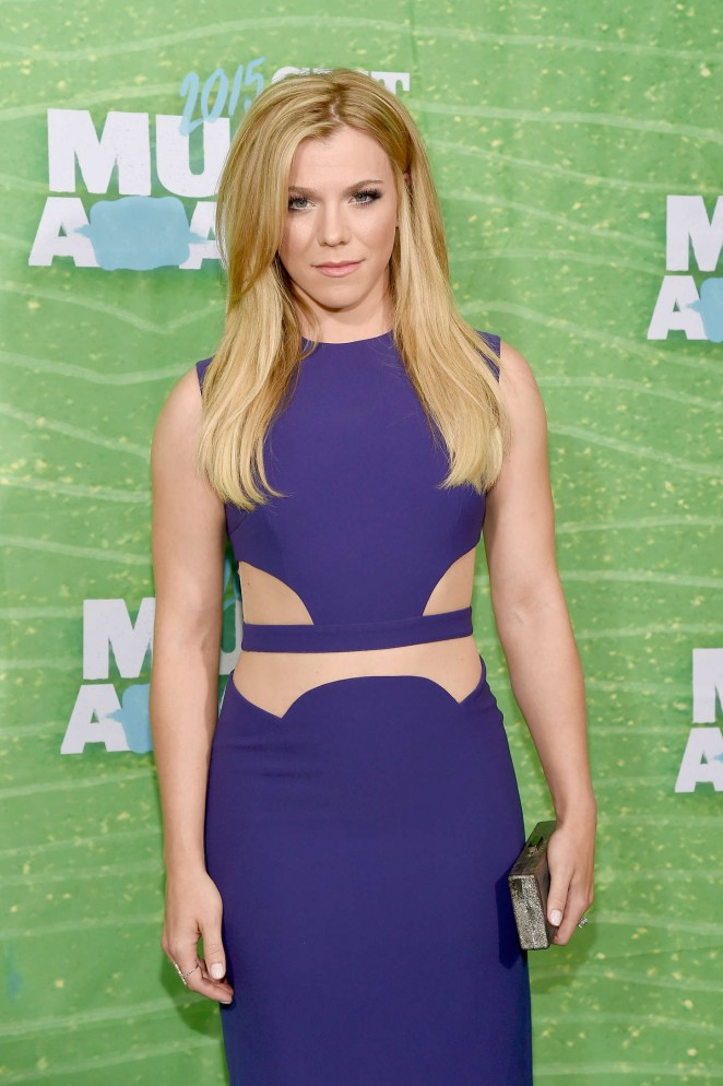 Kimberly Perry: 2015 CMT Music Awards -04