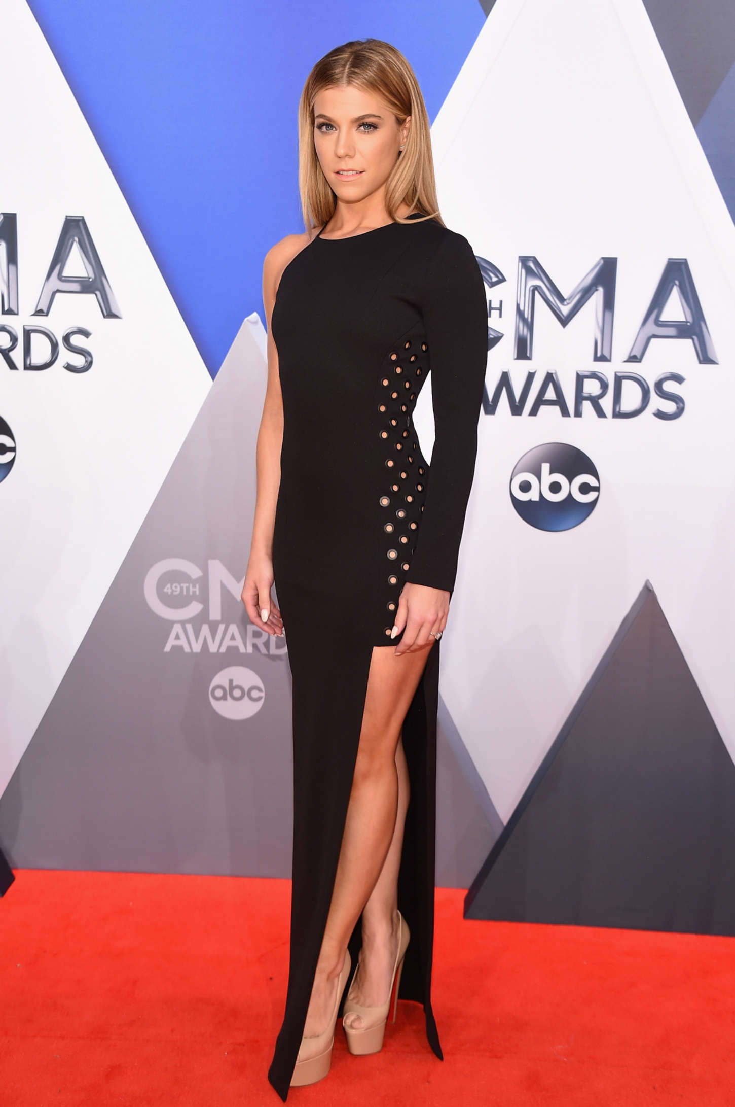 Kimberly Perry - 2015 CMA Awards in Nashville