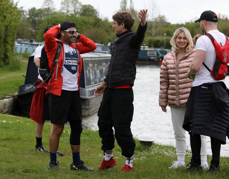 Kimberly Wyatt 2021 : Kimberly Wyatt – Joins Ryan Thomas for day 3 of his 10 day walking marathon challenge -19