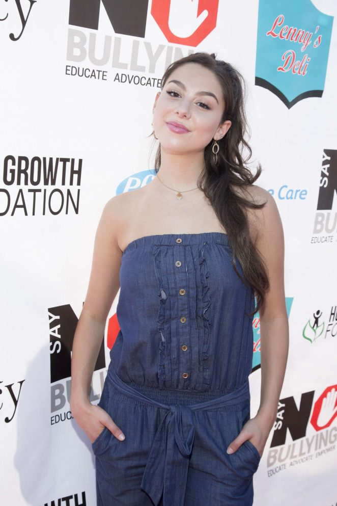 Kira Kosarin: 2016 Say NO Bullying Festival Held -03