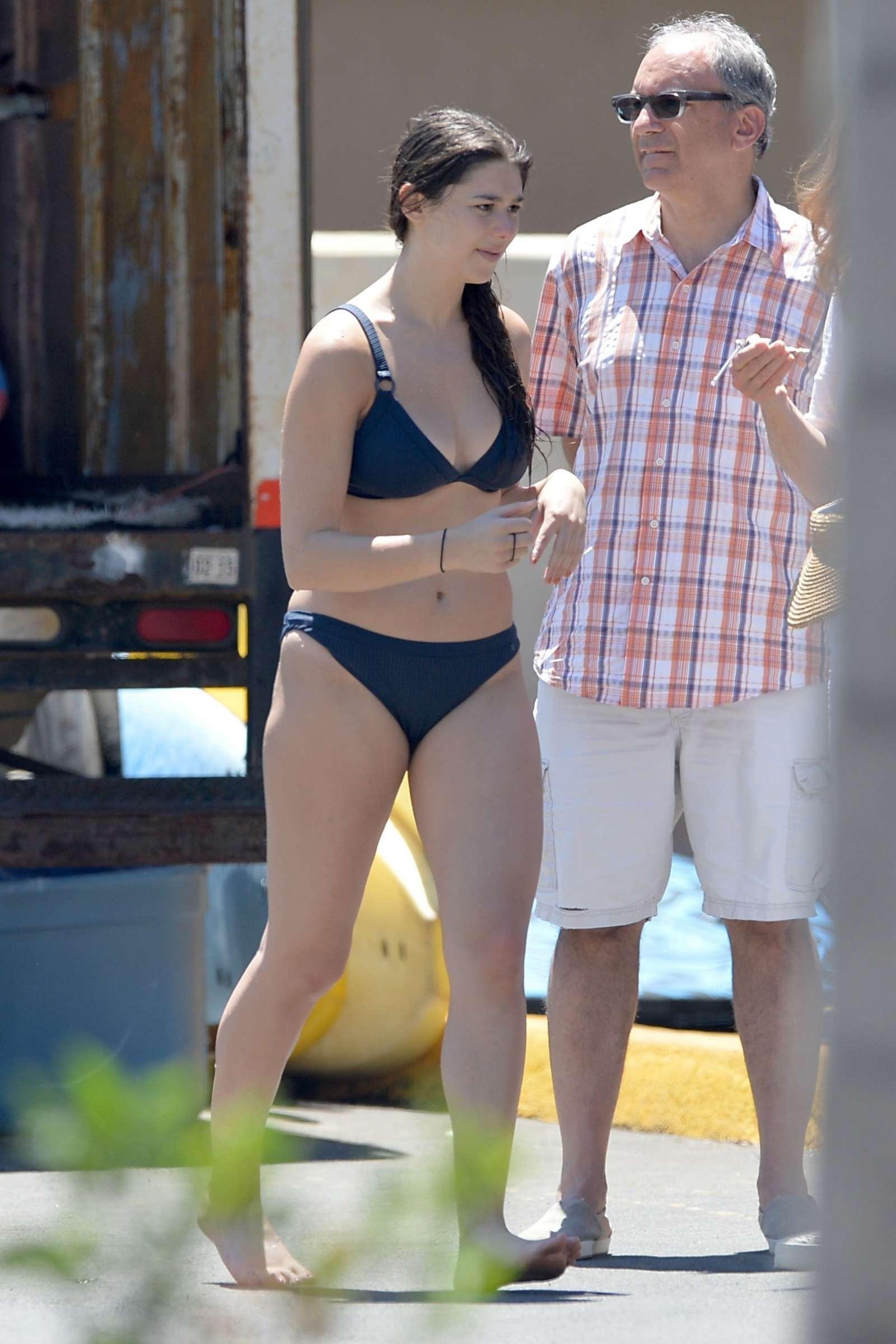 Kira kosarin bikini