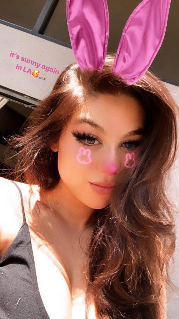 Kira Kosarin - New Social Media
