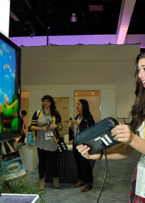 Kira Kosarin - Nintendo hosts celebrities at 2015 E3 Gaming Convention in LA