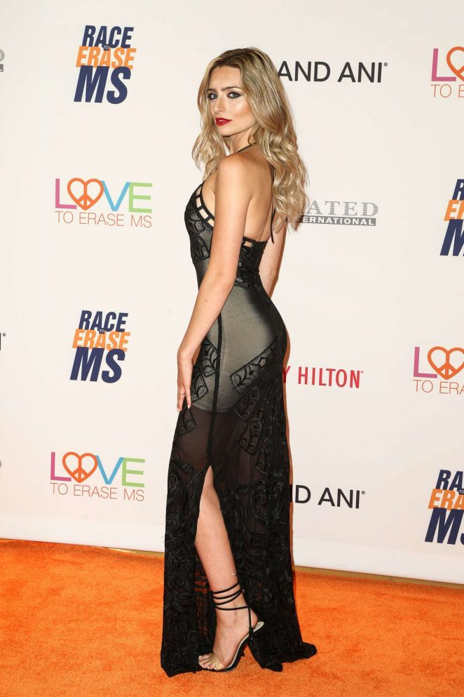 Kirsten Collins: 24th Annual Race To Erase MS Gala -04