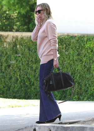 Kirsten Dunst - Arrives at LAX Airport in Los Angeles