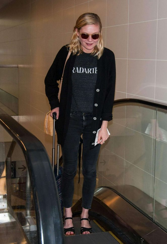 Kirsten Dunst at LAX airport -09