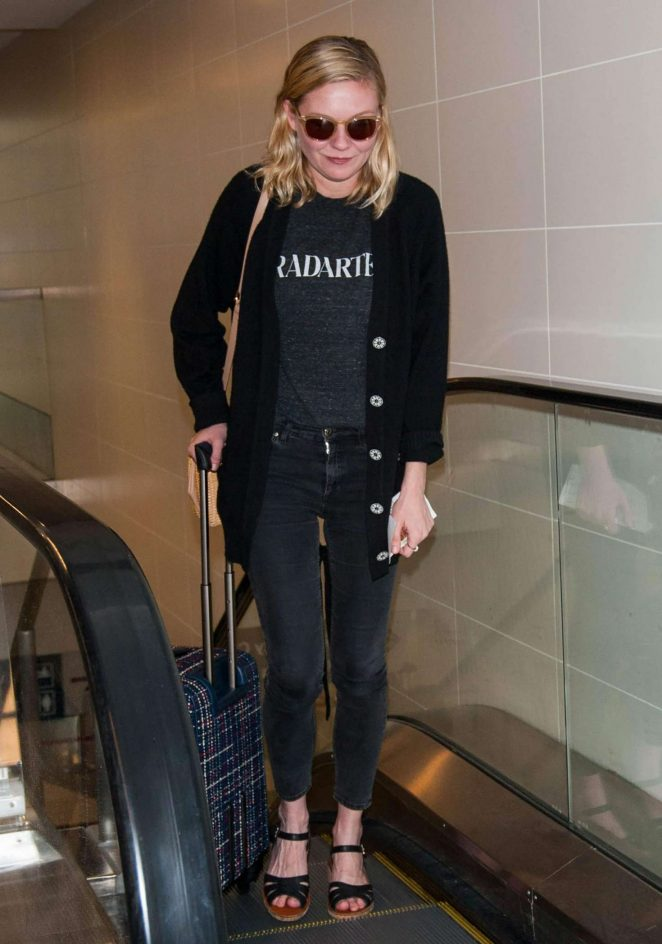 Kirsten Dunst at LAX airport -12