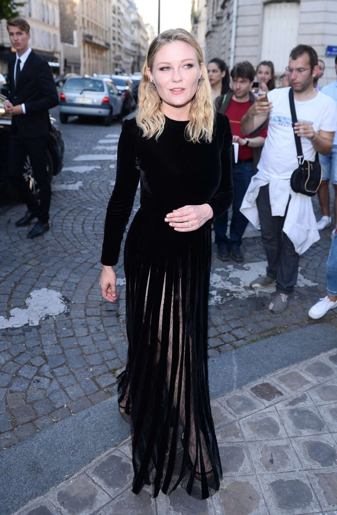 Kirsten Dunst - Attends the Vogue Party 2017 in Paris