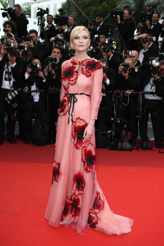 Kirsten Dunst - 'Cafe Society' Opening Gala at 2016 Cannes Film Festival