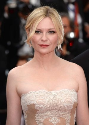 Kirsten Dunst - Closing Ceremony of the 2016 Cannes Film Festival