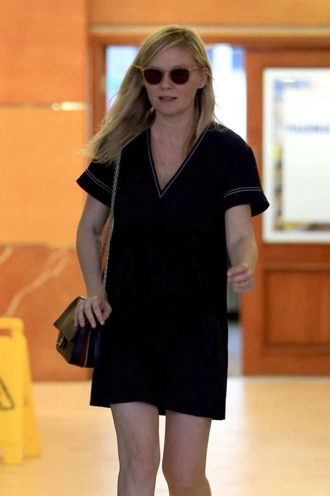 Kirsten Dunst in Mini Dress at E Baldi restaurant in Beverly Hills