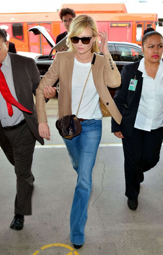 Kirsten Dunst in Jeans at LAX -03