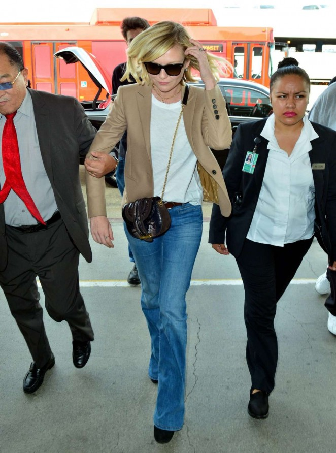 Kirsten Dunst in Jeans at LAX -11