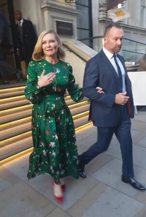Kirsten Dunst - Leaving hotel to attend London Film Festival