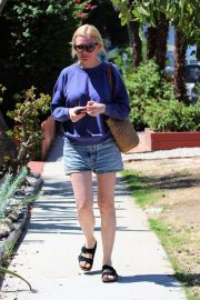 Kirsten Dunst - out for a stroll in Studio City