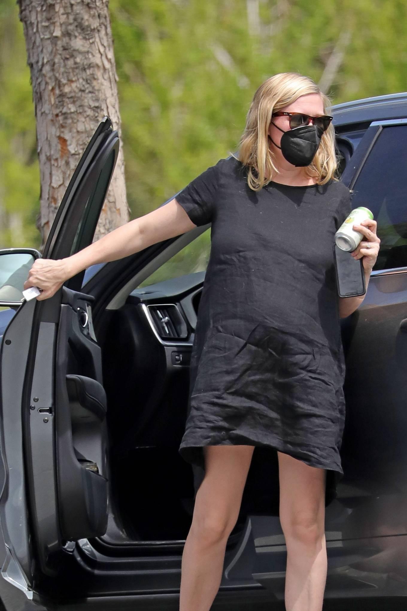 Kirsten Dunst 2021 : Kirsten Dunst – Out in Los Angeles-13