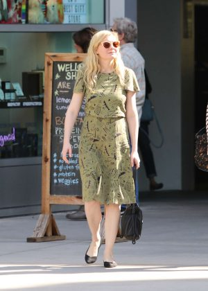 Kirsten Dunst - Out in Los Angeles