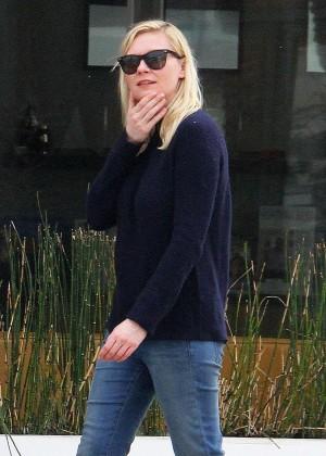 Kirsten Dunst in Jeans out in Toluca Lake