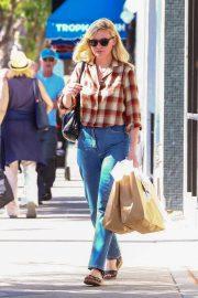 Kirsten Dunst - Shopping in Studio City