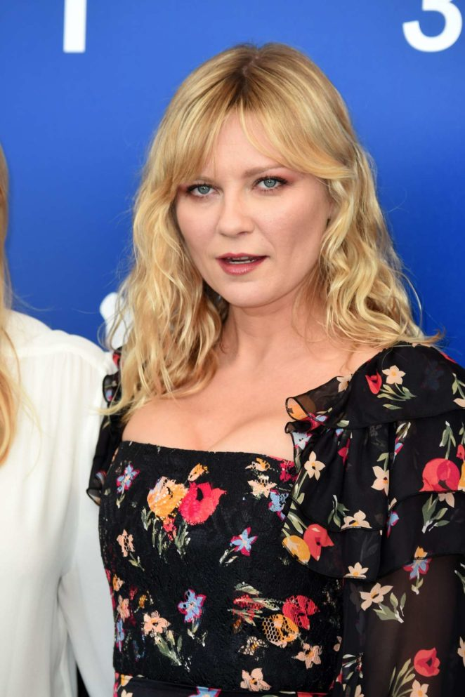 Kirsten Dunst - Woodshock photocall at the 2017 Venice Festival