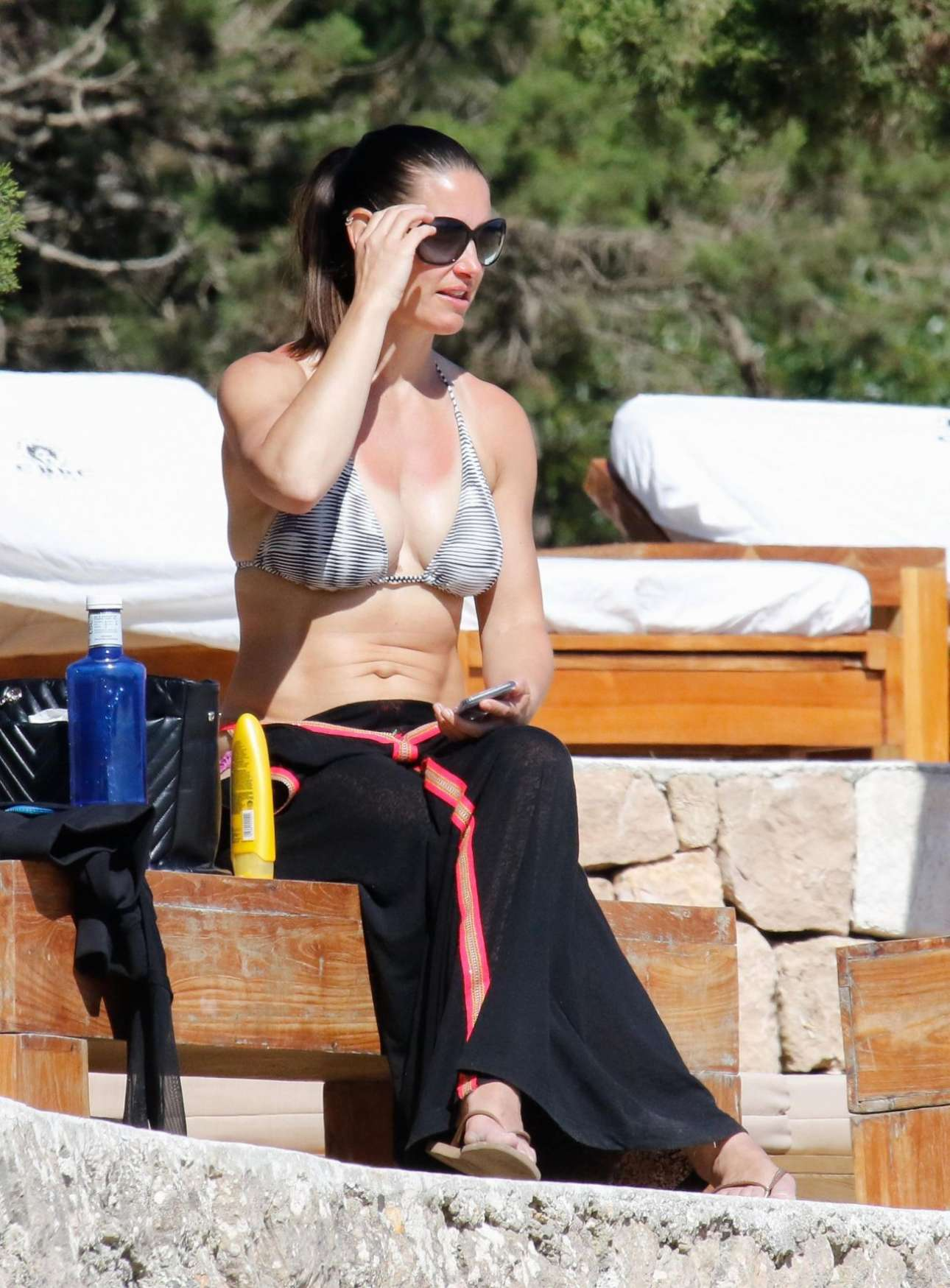 Kirsty Gallacher – Bootcamp Workout On Beach in Ibiza
