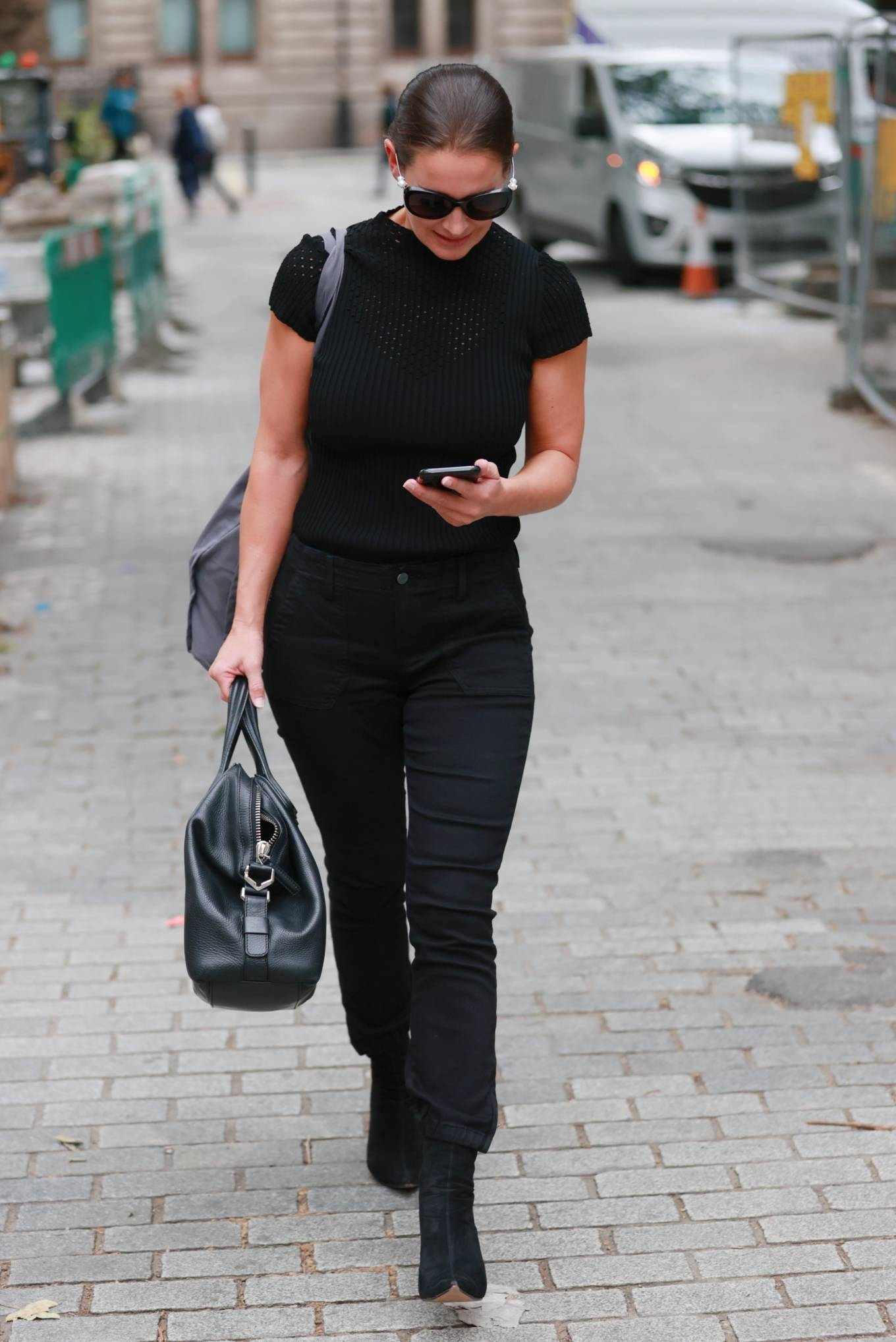 Kirsty Gallacher 2020 : Kirsty Gallacher in skin tight jeans and boots at Global Radio in London-11