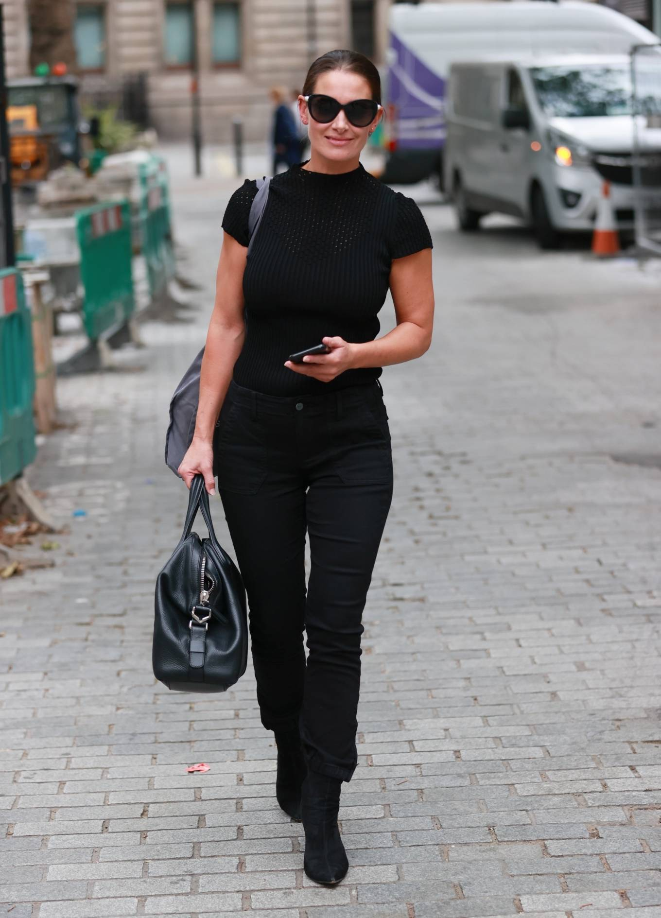 Kirsty Gallacher 2020 : Kirsty Gallacher in skin tight jeans and boots at Global Radio in London-12