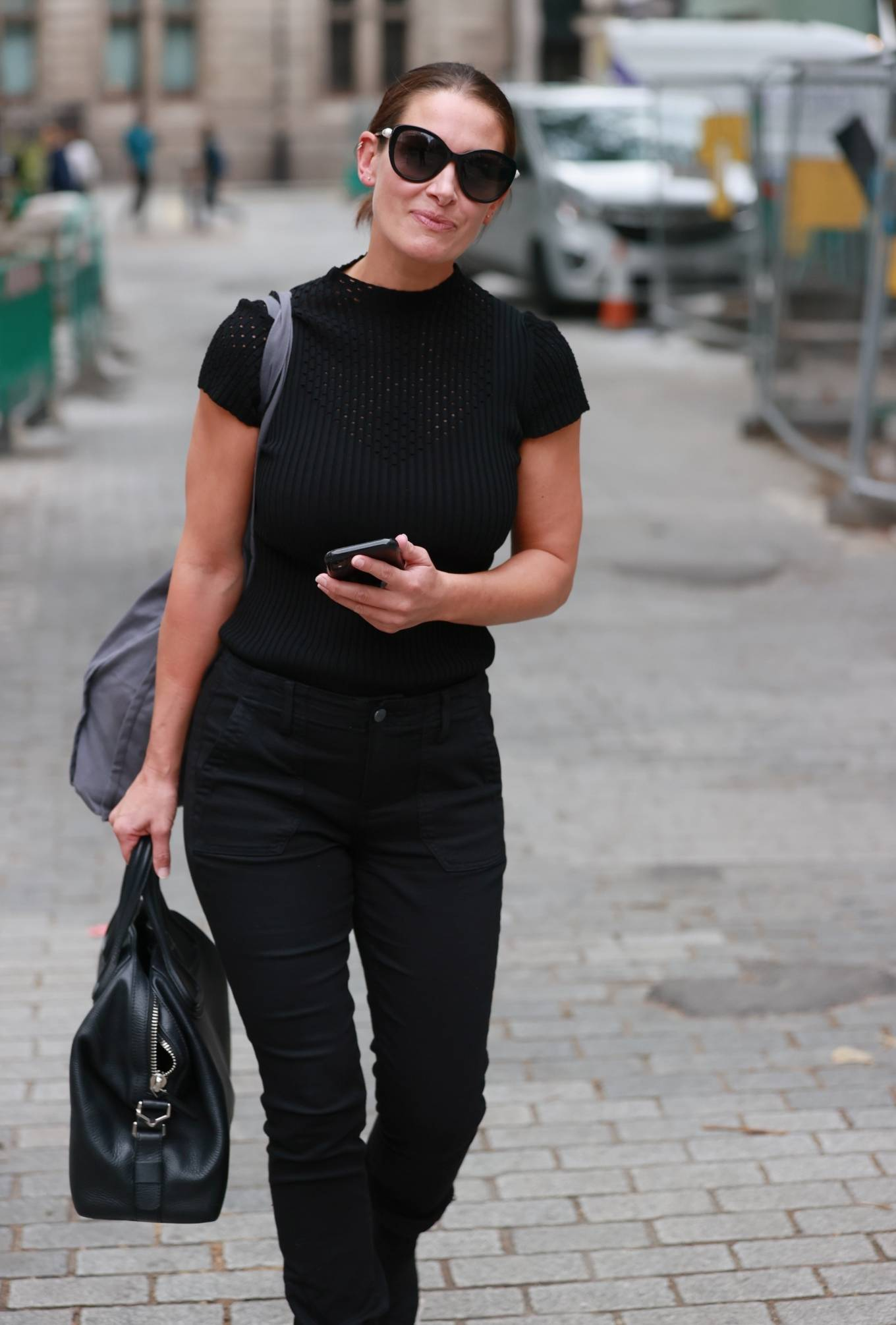 Kirsty Gallacher 2020 : Kirsty Gallacher in skin tight jeans and boots at Global Radio in London-13