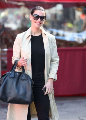 Kirsty Gallacher - Leaving the Global Radio Studios in London