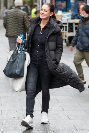 Kirsty Gallacher - Seen arriving at Global Studios in London
