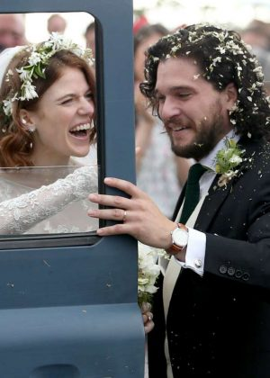 Kit Harington and Rose Leslie - Arriving at their wedding in Scotland
