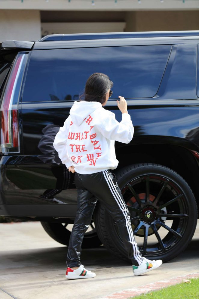 Kourtney Kardashian: Arrives to a casual family party in Irvine -02