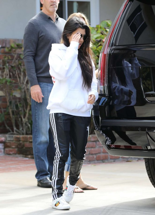 Kourtney Kardashian: Arrives to a casual family party in Irvine -07