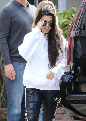 Kourtney Kardashian - Arrives to a casual family party in Irvine
