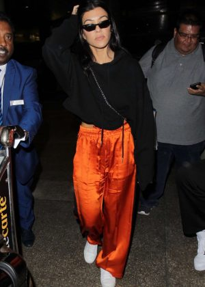 Kourtney Kardashian - Arriving at LAX Airport in Los Angeles