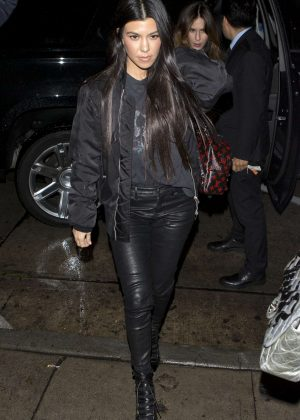Kourtney Kardashian - Arriving for dinner at 'Craigs' Restaurant in LA